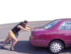 empujando-coche