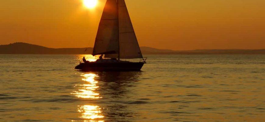 boat-stop-min